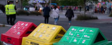 HighLight: Carnival of Lights rubbish bins