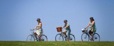Picnic by Bike: Frocks & Finery