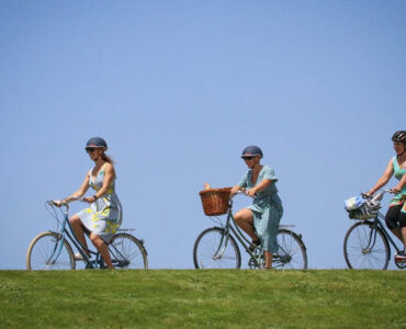 Picnic by Bike: Frocks & Finery